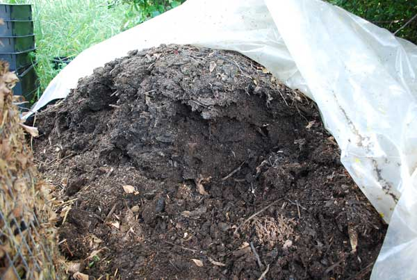 Build A Compost Pile How To Make
